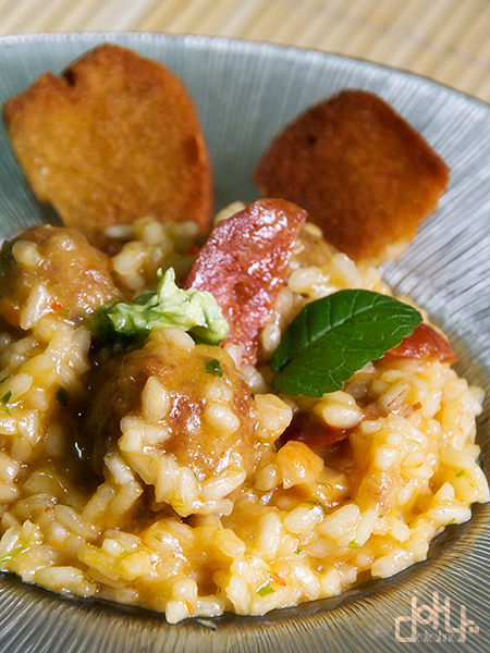 Increíble arroz con chorizo y albóndigas