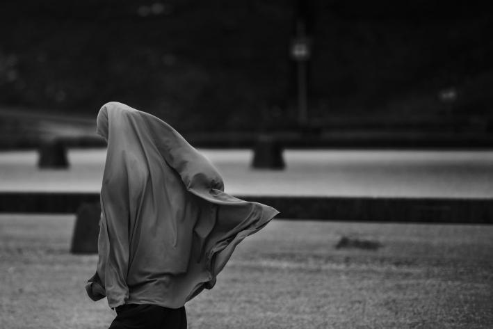 Karya Jurnalistikku Kewajiban Seorang Muslimah Untuk Berhijab
