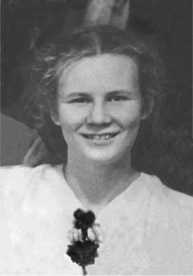Lyudmila Alexandrovna Dubinina (Lyuda) - Doğum Tarihi: 12 Mayıs 1938