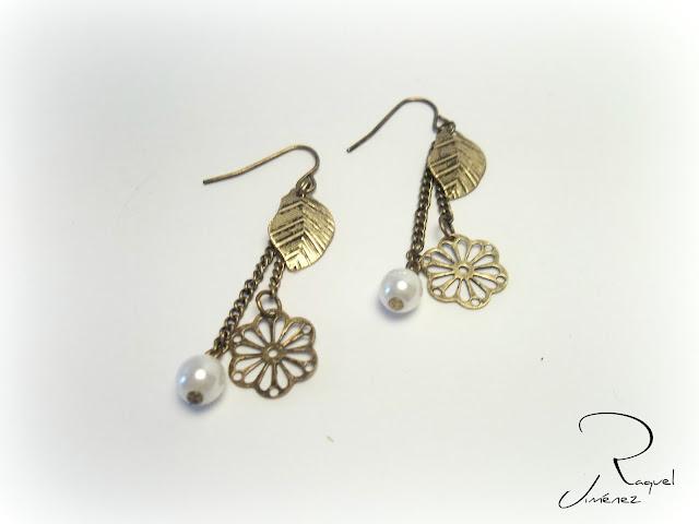 pendientes verdo perla pluma y flor