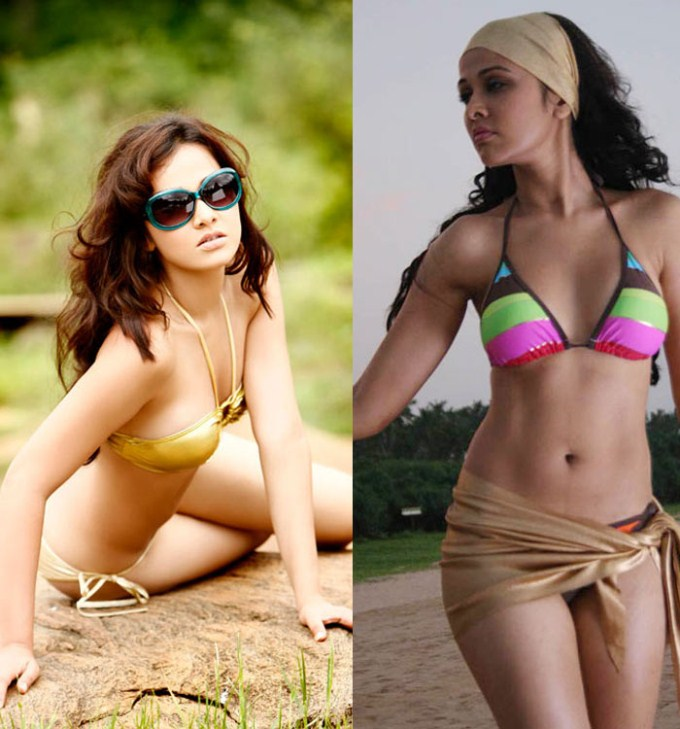 Bollywood Hot Bikini Actress