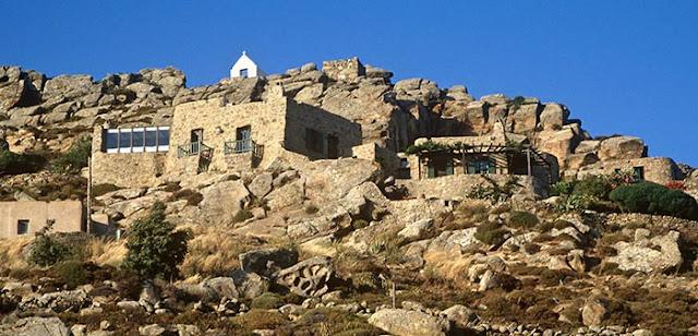 Maison pierre et roche Méditerranée