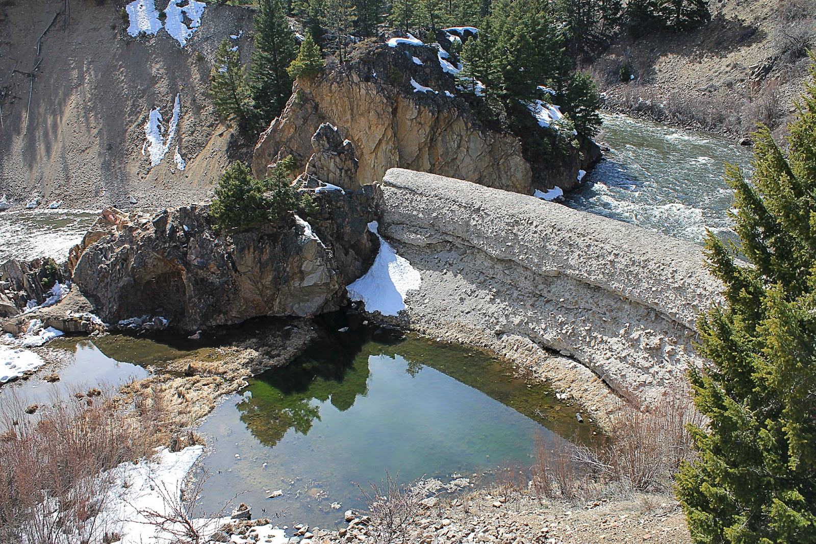 Salmon River Idaho geology travel field trip photography Spring snow mountains outdoors nature hiking camping copyright rocdoctravel.com