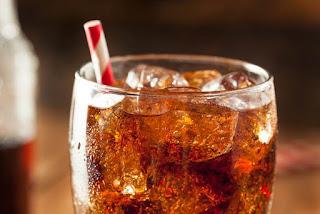 ¿La soda deshidrata?