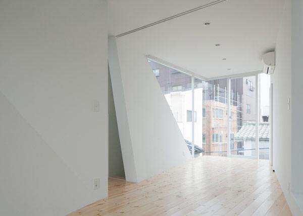 Hogares frescos cajas blancas y ventanas generosas casa for Casa minimalista japon