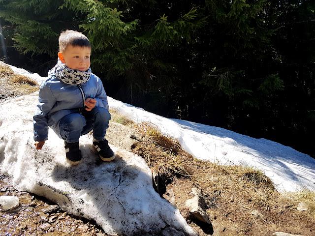 góry z dzieckiem - Śnieżnik - Masyw Śnieżnika - Wodospad Wilczki - podróże z dzieckiem - Kotlina Kłodzka - jak dojść na Śnieżnik - trasy na Śnieżnik - Korona Gór Polskich - Schronisko Na Śnieżniku