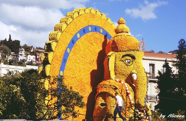 Festivalul-Lamailor-Menton-Coasta-de-Azur
