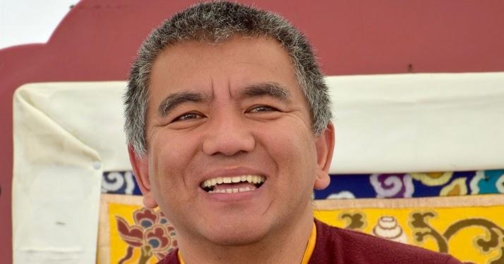 Miroir du dharma conf rence de dzogchen rinpoche albi for Miroir du dharma