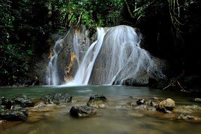 6 Tempat Wisata Alam Air Terjun Di Dekat Kota Banda Aceh, Aceh Besar Dan Sabang