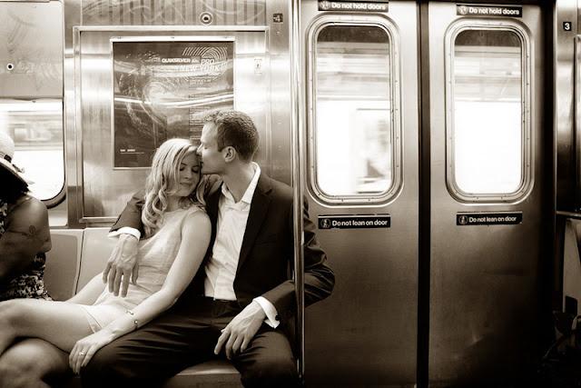 romantic NYC West Village engagement session   photos by https://www.artoflove.com/