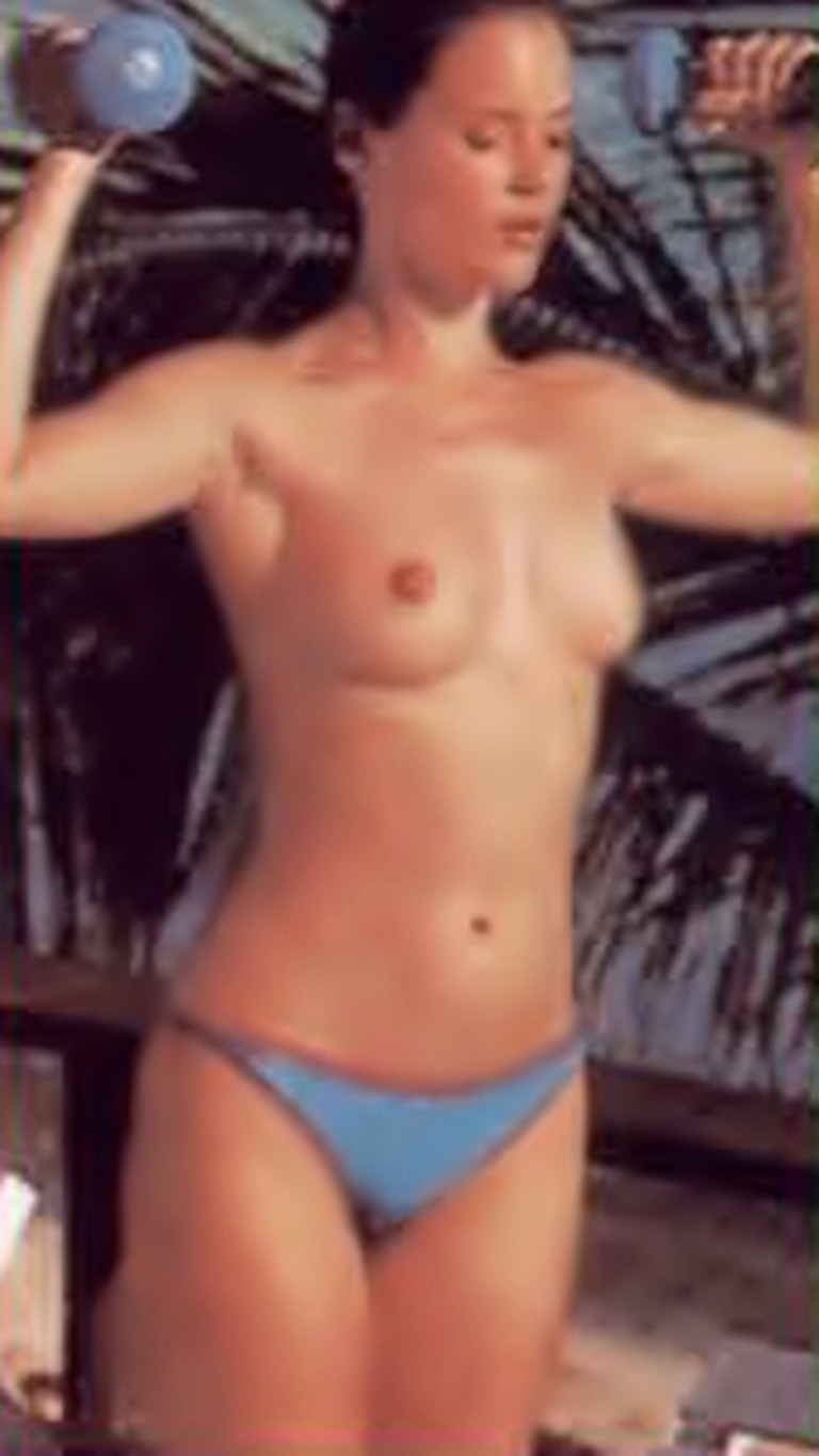 Hairstyle Nudes Carey Lowell Bond Girl