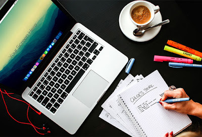 Free Macbook Pro Office PSD