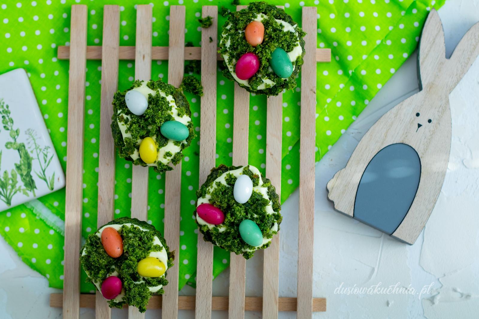 Wielkanocne muffinki (szpinakowe)