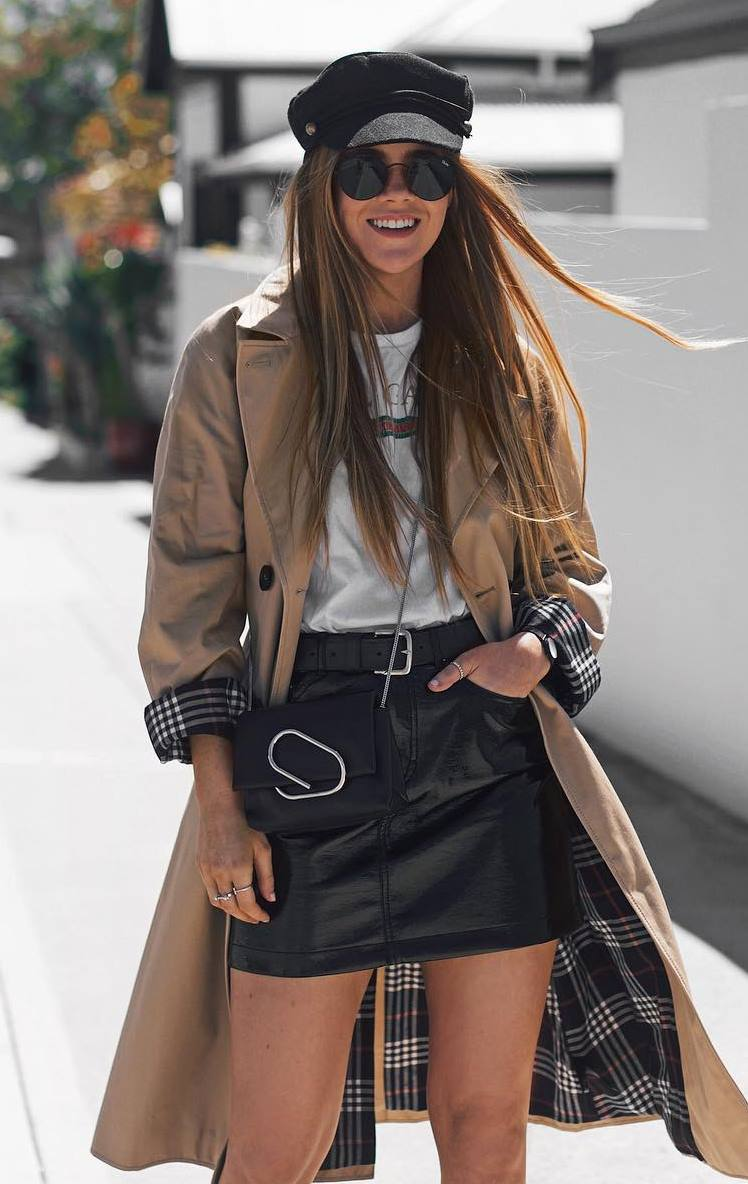 what to wear with a leather skirt : crossbody bag + trench coat + whte tee