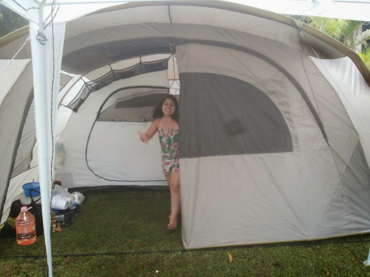 7f0683226 ... amigos campistas que ainda não conheciam a grandona de perto e paramos  a montagem do acampamento por um momento para explicar tudo sobre a barraca.