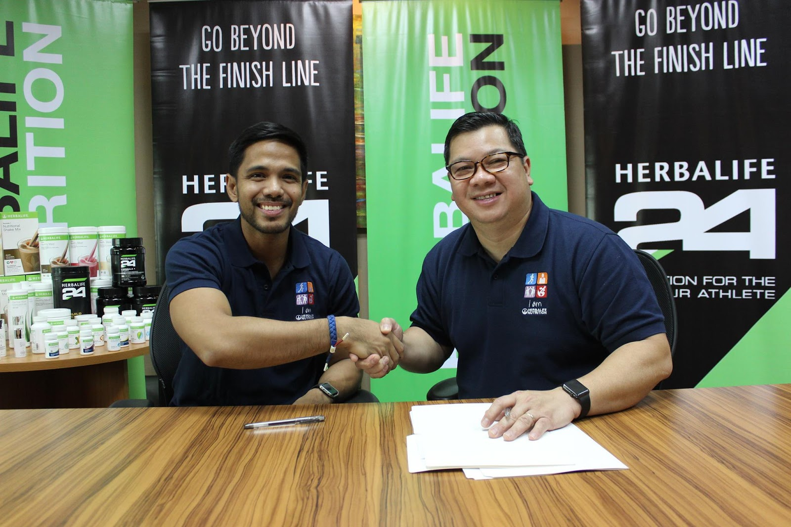 Herbalife Nutrition Philippines Renews Contracts with Fitness Ambassadors Chappy Callanta & Dwan Abantao