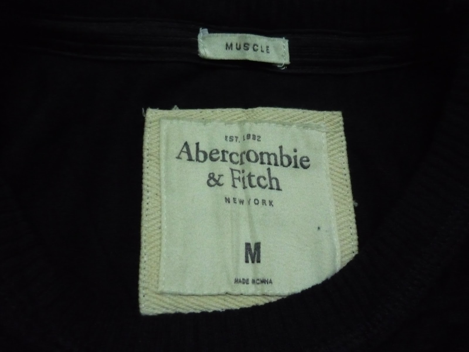 Abercrombie And Fitch Clothing Abercrombie And Fitch Hoodies Abercrombie And Fitch Jackets Abercrombie And Fitch Sweater: Clayback Bush Thrift Store: [T Shirt] Abercrombie & Fitch