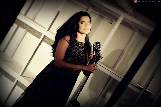 Sona Mohapatra Live in Concert at Phoenix Marketcity
