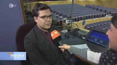 Dolmetscher und Interviewerin