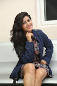 Manisha Thakur latest sizzling photos-thumbnail-17