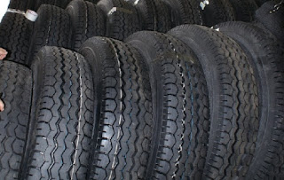 Ban Truk / Truck ( Tyre Truck ) ukuran 12.00R24