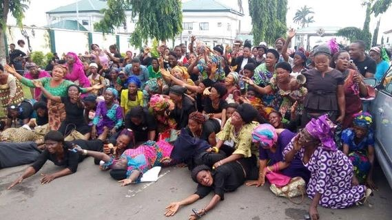 PHOTO NEWS: Abia women protest removal of Ikpeazu as State Governor