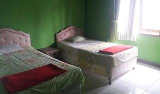 Kamar 2 lantai 1