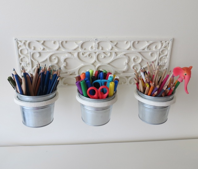 mistletoe home designs wall mounted pencil holder. Black Bedroom Furniture Sets. Home Design Ideas