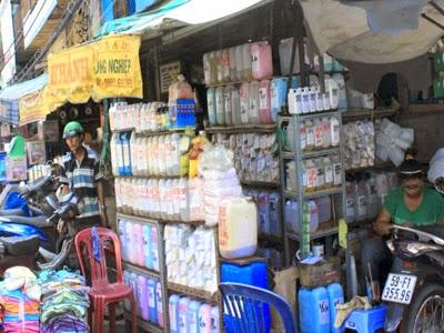 Sài Gòn: Sắp dẹp chợ đầu mối hóa chất Kim Biên