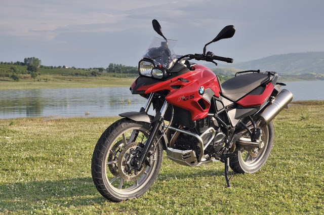 2013 bmw f700gs manual motorcycle. Black Bedroom Furniture Sets. Home Design Ideas