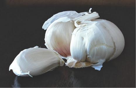 Benarkah bawang putih dapat mengobati jerawat?
