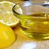 Stoarce o lămâie şi amestecă bine cu o lingură de ulei de măsline! Vei folosi combinaţia asta toată viaţa!