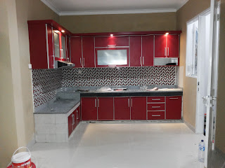 Maroon Style Kitchen Set