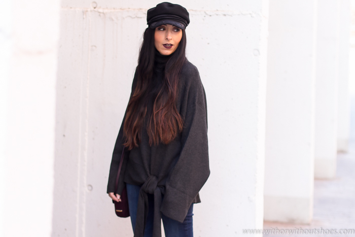 Influencer blogger moda con looks Zara y labios oscuros Urban Decay Black Mail