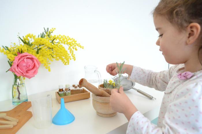 taller de pócimas para spray relajante rincón calma o mesa paz montessori