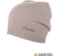 Cosa regalare a Natale: offerta cappello Guess e maglia Calvin Klein su Zalando