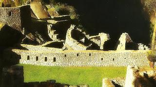 Vista da Área do Templo do Condor, em Machu Picchu