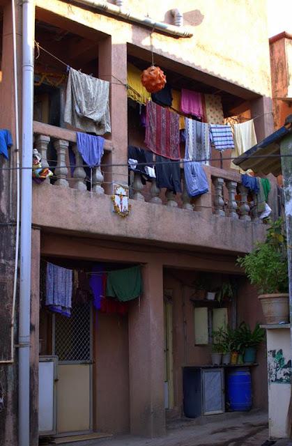 clothes, drying, clothesline, solar energy, worli koliwada, mumbai, india,