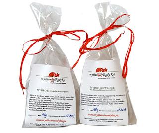 Mydlarnia Rudy Kot pakuje mydła naturalne w formie ozdobnej LUX