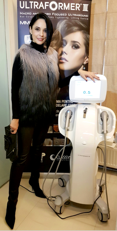 Andreea Marin - Ultraformer III - Shilouette