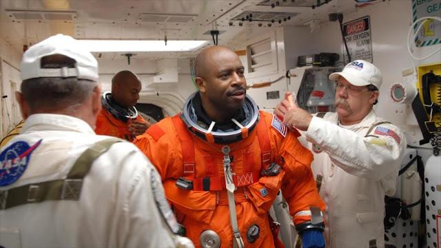 Un astronauta revela haber visto una criatura alienígena