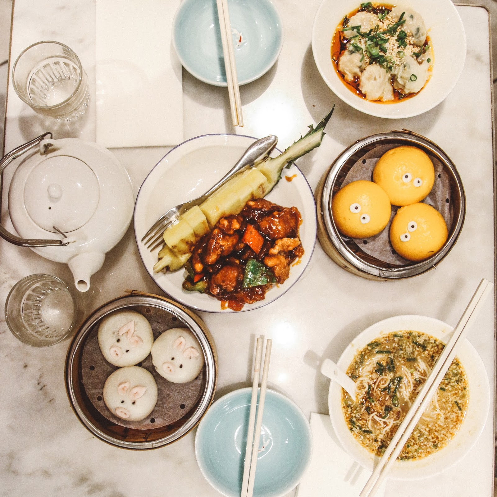 Yum Cha | 3 Day Travel Guide in Hong Kong
