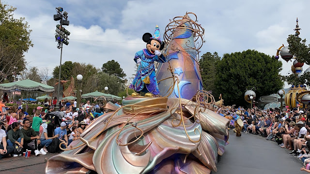 Mickey Mouse Magic Happens Float