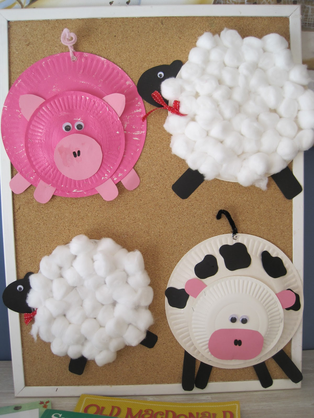 Living on a Latte: Paper Plate Farm Animals