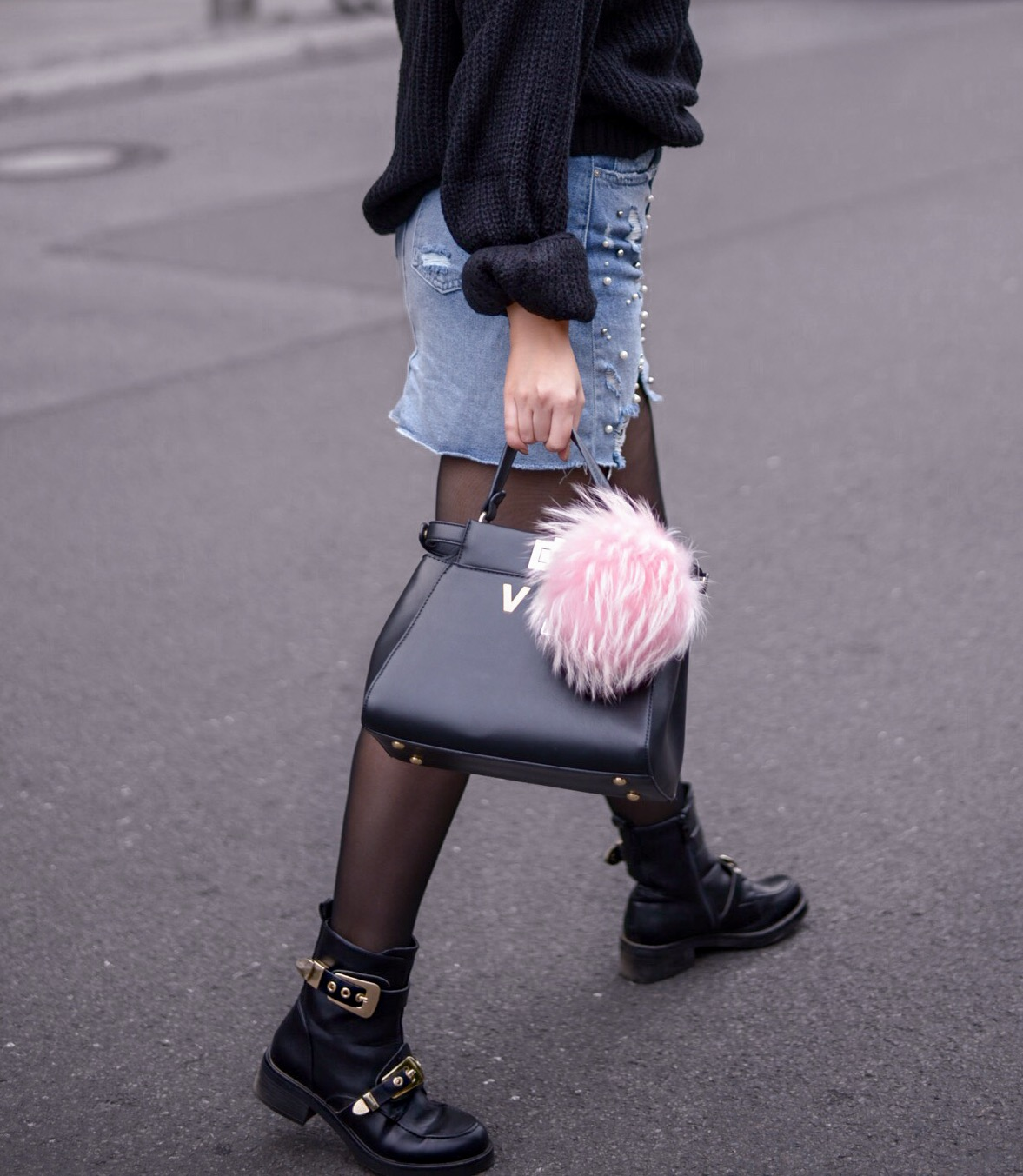 ripped skirts for fall_ripped denim skirt with pearls_denim with pearls