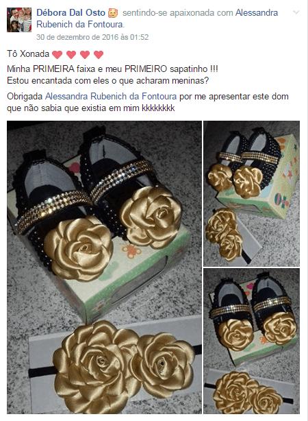 Sapatinhos de bebe com flor