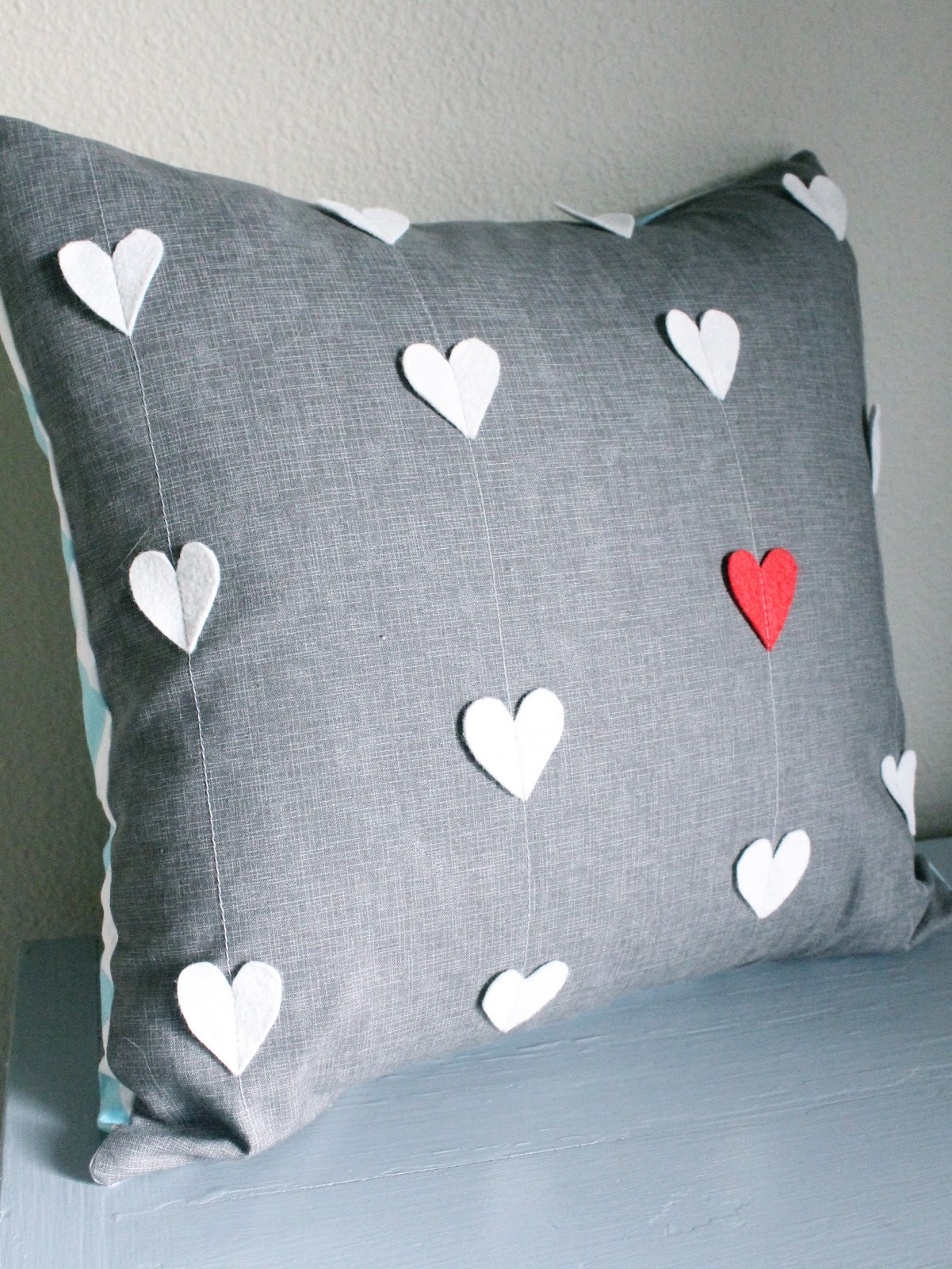 Quiltish by Allisa Jacobs: Heart Strings Valentines Day Pillow ...
