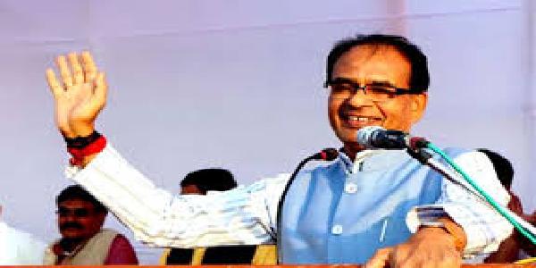 congress-neta-loktantrik-maryada-parampara-bhul-chuke-shivraaz