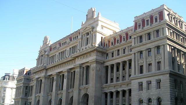 La Corte Suprema de Argentina declara inconstitucional el cobro del impuesto a las ganancias de los jubilados