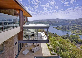 Justin Bieber House - Morning View